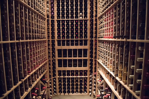 Vin Cella is one of the most luxurious wine storage and tasting facilities in the world combining new world technology with old world charm. & Sarasota Wine Storage | Vin Cella Sarasota Premium Wine Storage